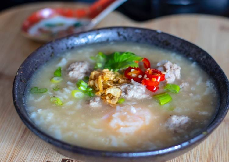 Recipe of Any-night-of-the-week Kao Tom Moo (Thai rice congee with mince pork)