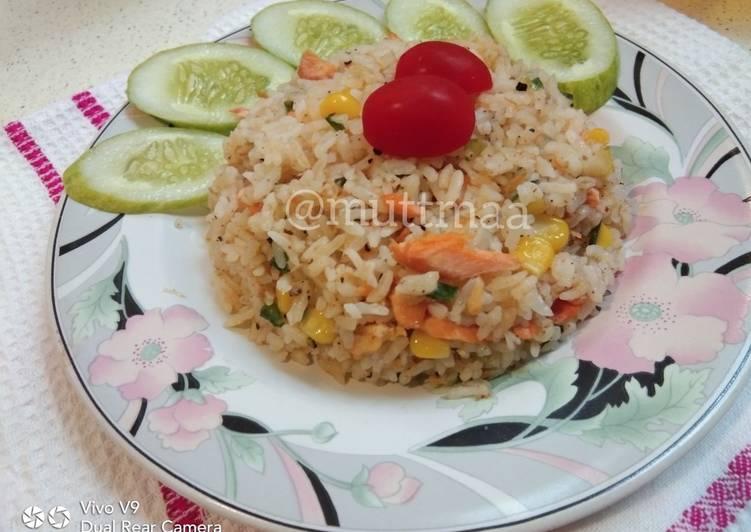 Nasi Goreng Salmon Lada Hitam