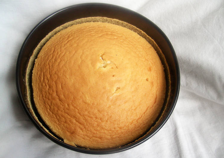 Lemon Chiffon Cake (Butterless)
