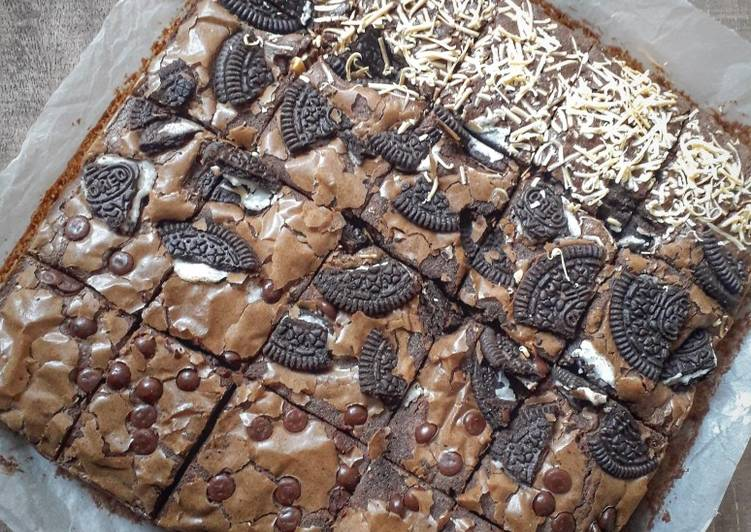 Fudgy Brownies - cookandrecipe.com