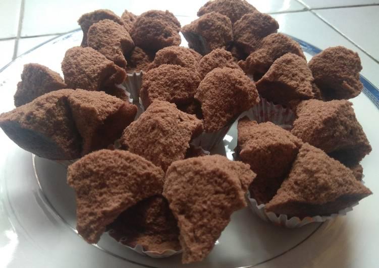 Brownies Kukus Coklat Mekar Ny.Liem