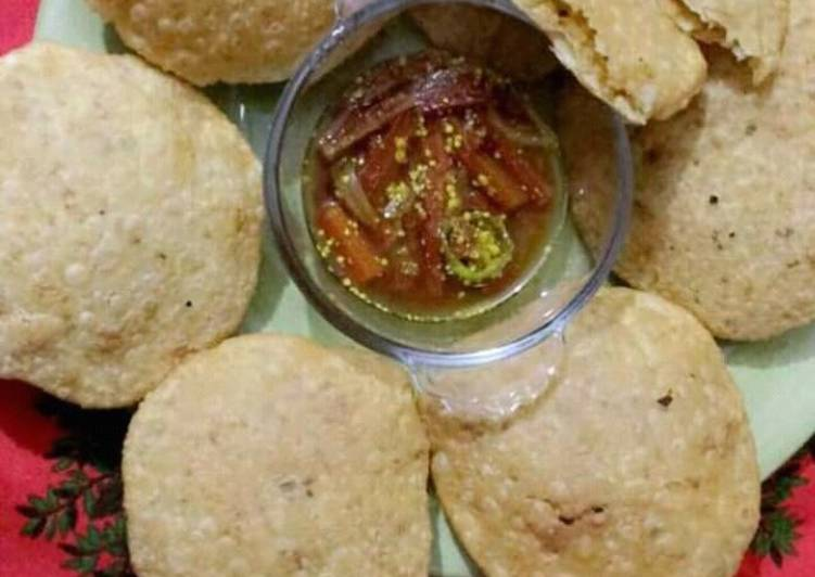 Daal kachori with aloo bhaji +gajar moli ka pani wala achar