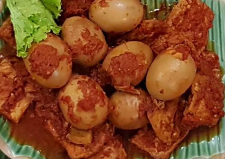 Spiced Egg And Tofu (Telur Tahu Bumbu Bali)