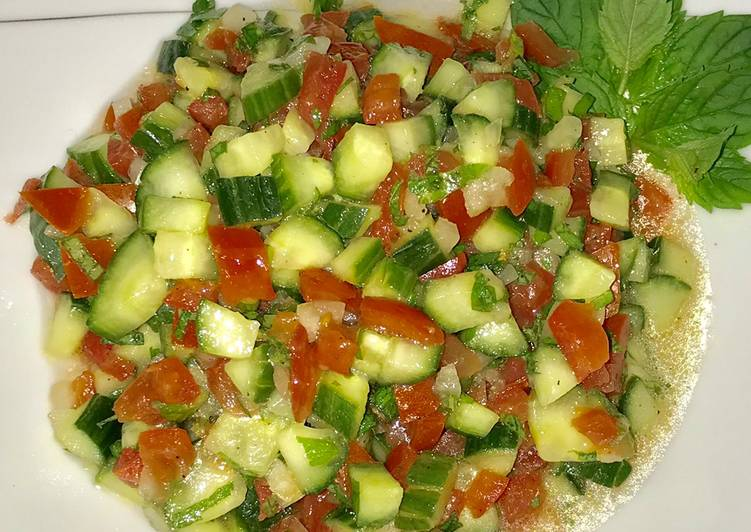 Easiest Way to Prepare Speedy Moroccan cucumber tomato salad