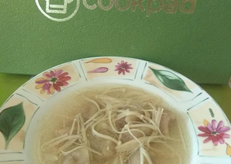 Sup Jamur enoki tekwan
