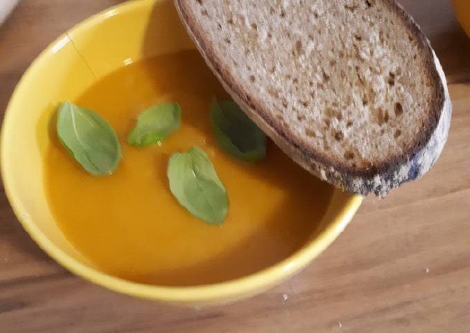 Der einfachste Weg Um Perfekte Kürbissuppe zuzubereiten