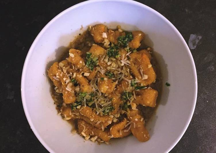 How to Prepare Top-Rated Sweet potato gnocchi w/ garlic and sage sauce & coriander pesto