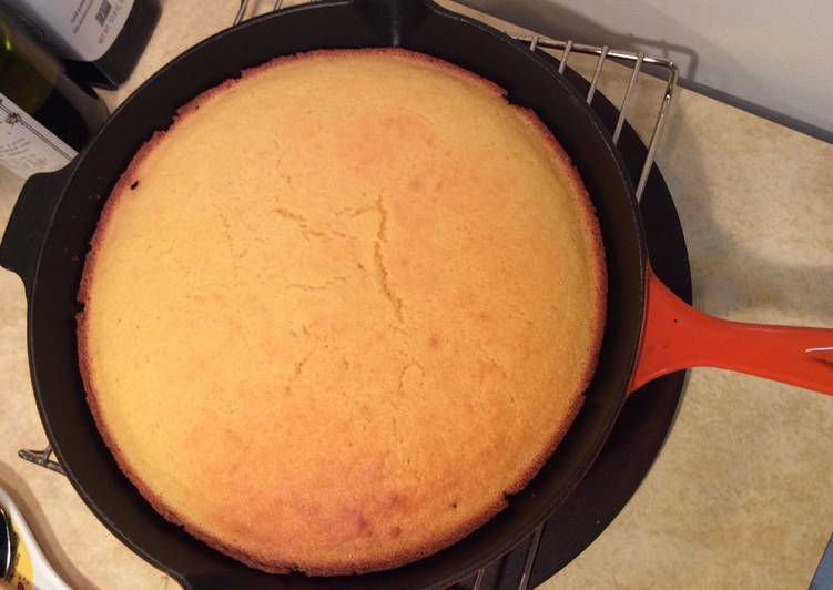 Step-by-Step Guide to Make Speedy Cast Iron Skillet Corn Bread