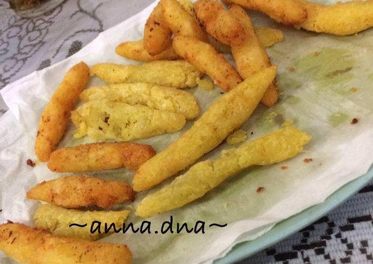 Stik Ubi Keju (Finger Food) 1y+