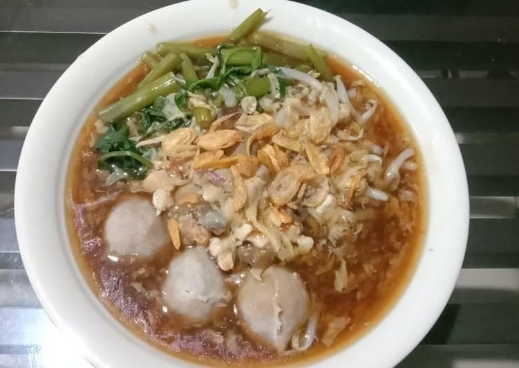 Lomie Ayam Kangkung