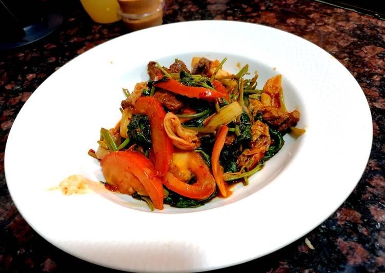 Kimchi tumis kangkung😋😋