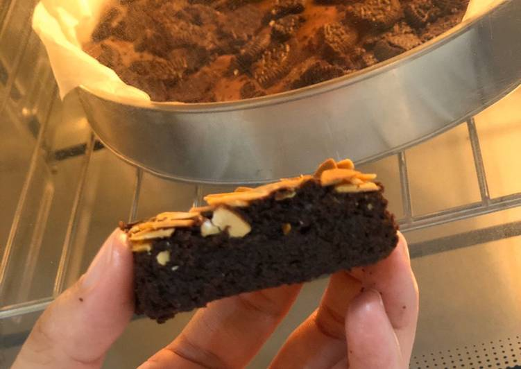 Brownies panggang tanpa mixer