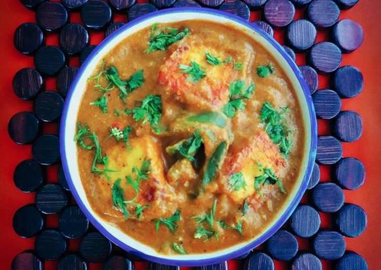 Simple Way to Make Favorite Paneer Capsicum Sabji