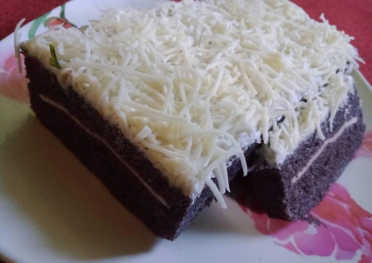 Bolu kukus ketan hitam keju slice - cookandrecipe.com