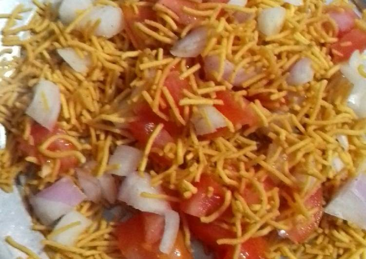 What are some Dinner Ideas Refreshing Bhel puri