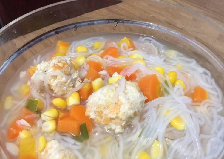 Sup Bola Ayam Sayur
