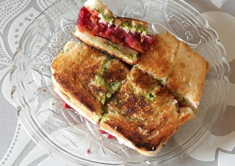 Beetroot Cutlet Toast Sandwich, Helping Your Heart with The Right Foods