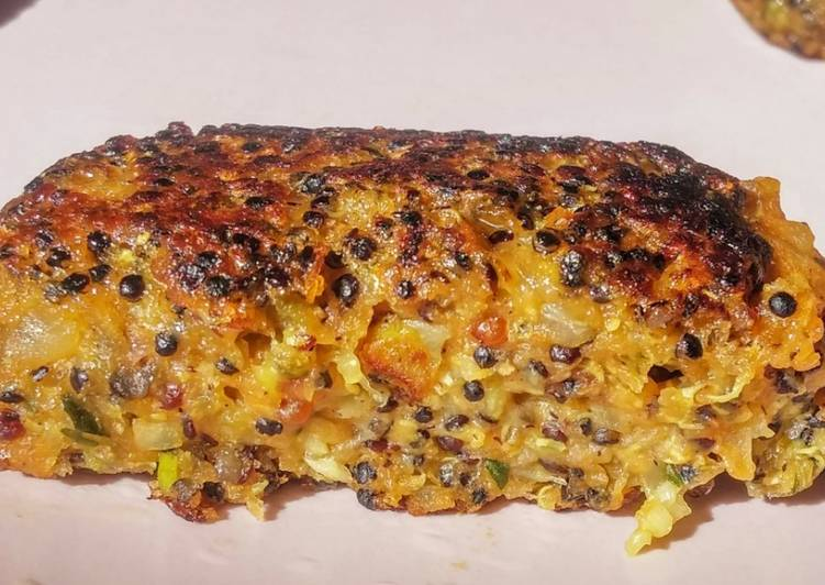 Petits palets de quinoa noir aux légumes. (vegan)
