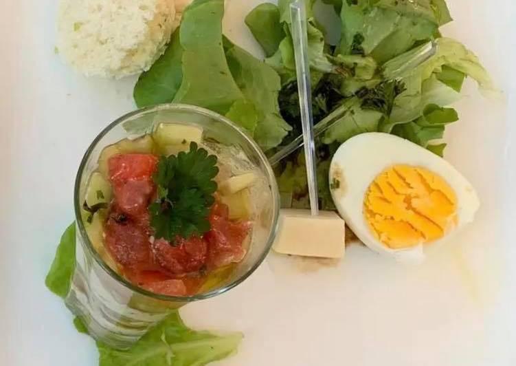 La Délicieuse Recette du Verrine tomate, concombre,feta
