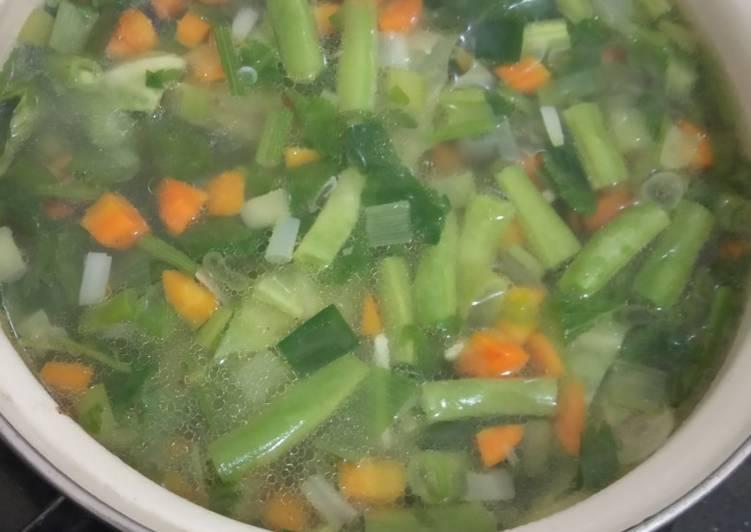 Sayur Sop Sayur Makaroni Simple, no Uleg-uleg