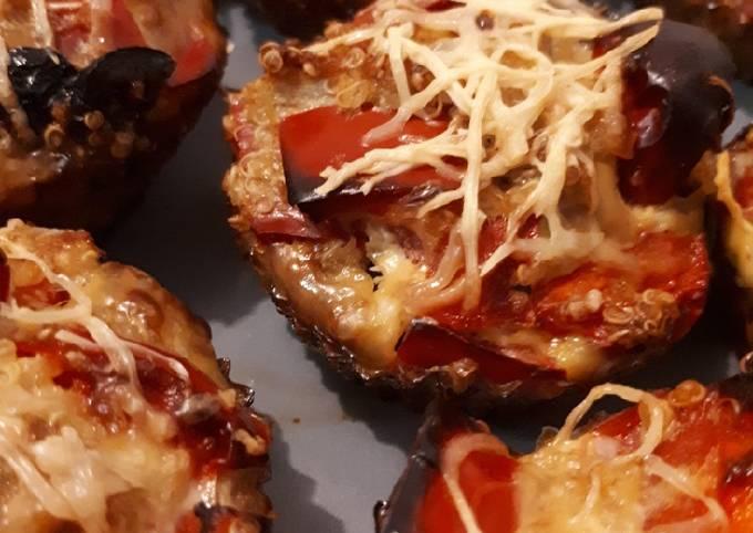 Muffins de quinoa, poivrons rouges et olives noires