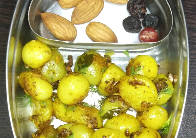 Simple Way to Make Super Quick Homemade Roasted Baby Potatoes