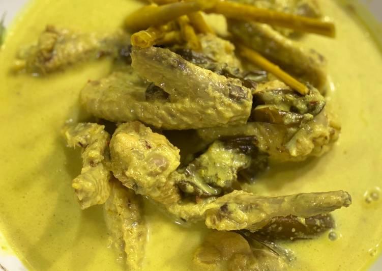 Kepak Ayam Masak Lemak Cili Padi - velavinkabakery.com