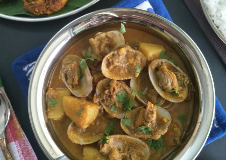 Step-by-Step Guide to Prepare Speedy Tisryache Kaalvan (Clams Curry)