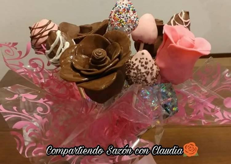 Ramo De Rosas De Fresas Con Chocolate Receta De Compartiendo Sazón Con Claudia Cookpad