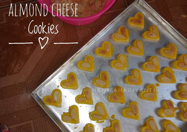 Almond Cheese Cookies