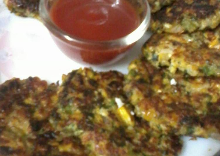 Easiest Way to Make Perfect Methi and corn fritters
