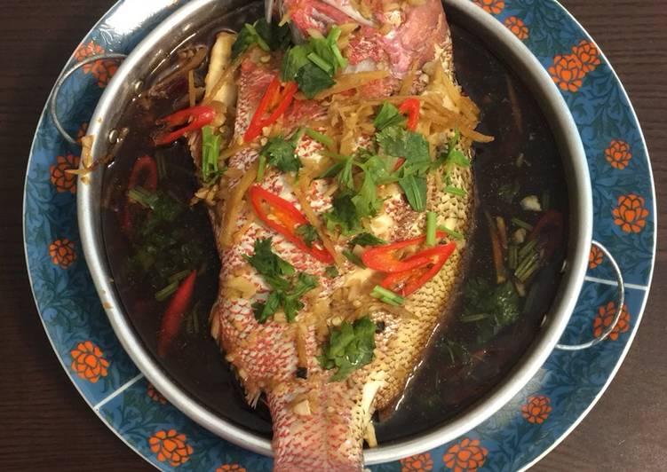 Steam garlic ginger fish
