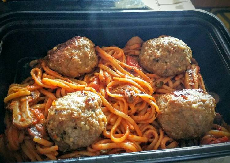 The Best Spaghetti and Turkey Meatballs