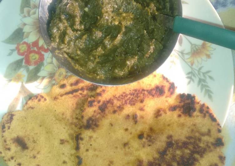 Steps to Make Favorite Sarso da saag te makki di roti