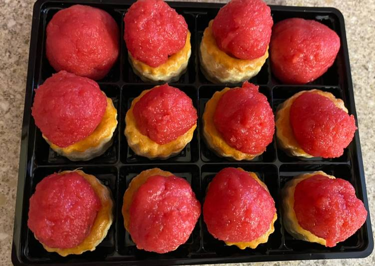 Bubble gum flavour boondi ladoo pastry