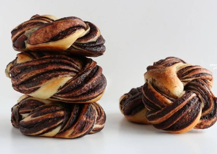 Chocolate Braided Bread [Brioche Wreath]