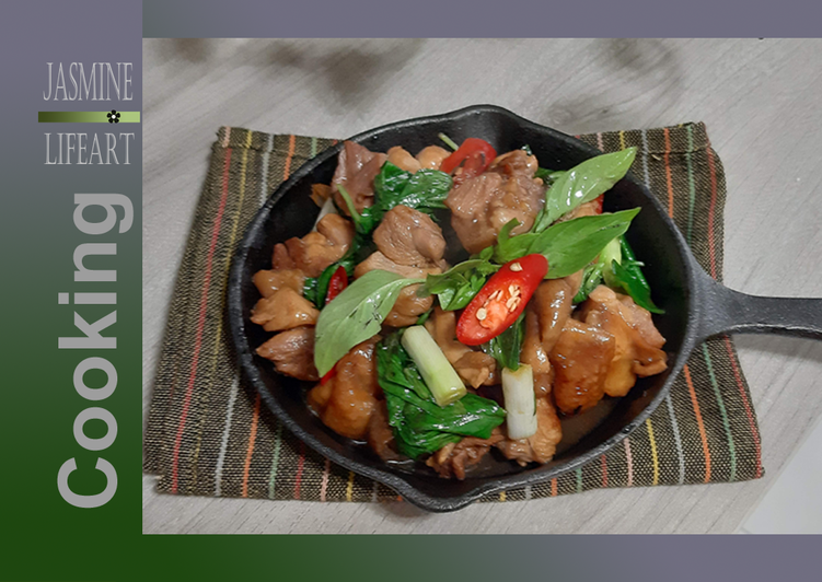 Three-Cup Chicken (Taiwanese cuisine)