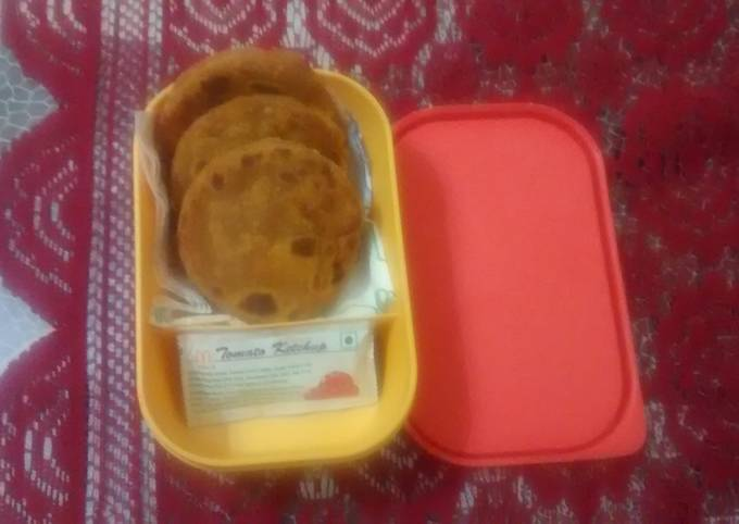 Recipe of Any-night-of-the-week Mini paratha with aloo and cheese for kids snacks box