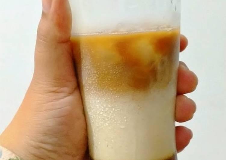 Es kopi susu ala janji jiwa