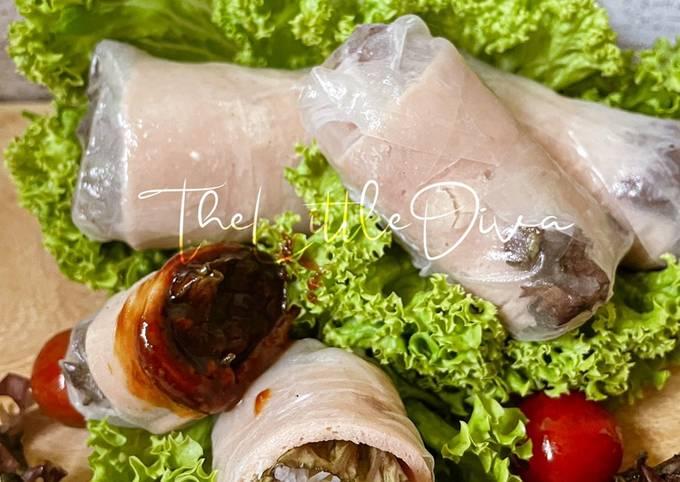 Vietnamese Fresh Spring Rolls with Chicken Meatloaf