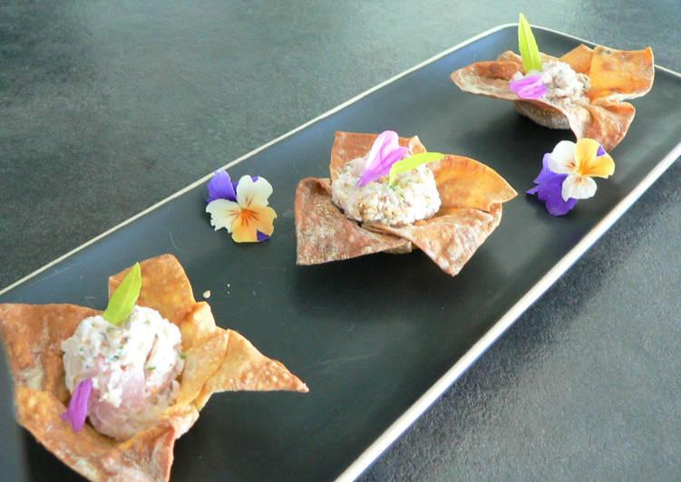 Tartelettes en corolle à la mousse de jambon blanc