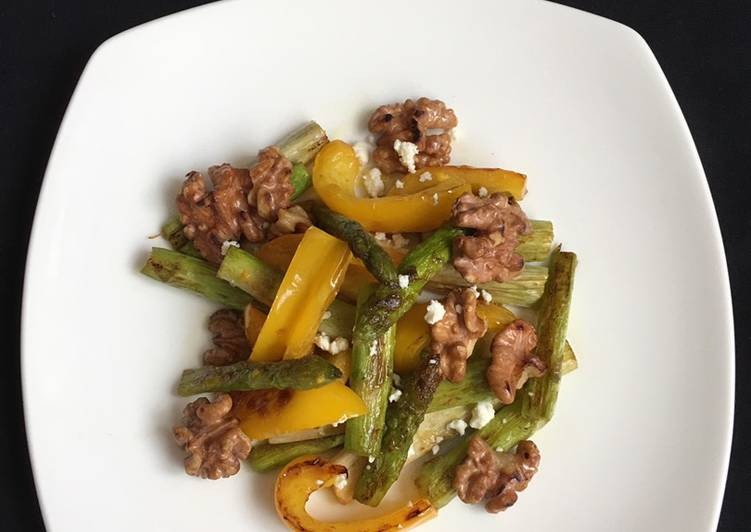Grilled Asparagus and Paprika Salad: with Feta Cheese and toasted Walnuts