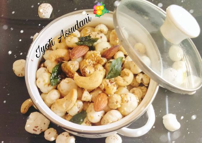 Makhana(foxnuts)😋😋😋❤️ snacks 😋💐