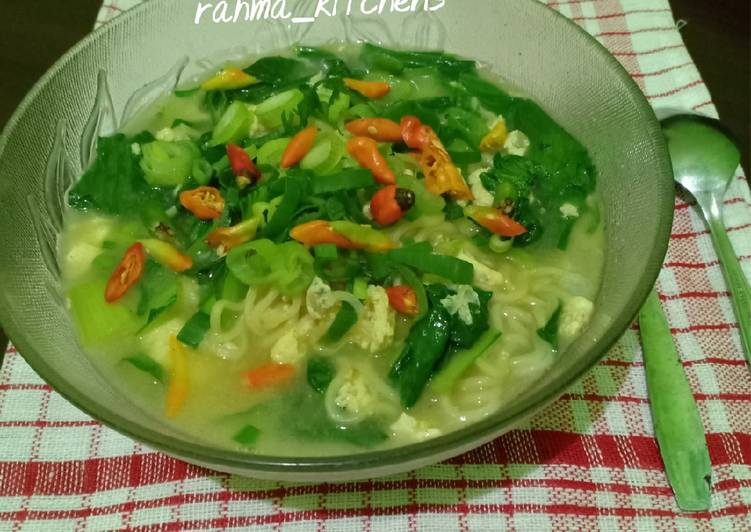 Resep Mie Kuah Rasa Soto Ayam Praktis Paling Top