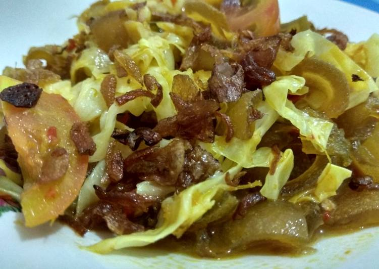 Tongseng Kikil Sapi - cookandrecipe.com