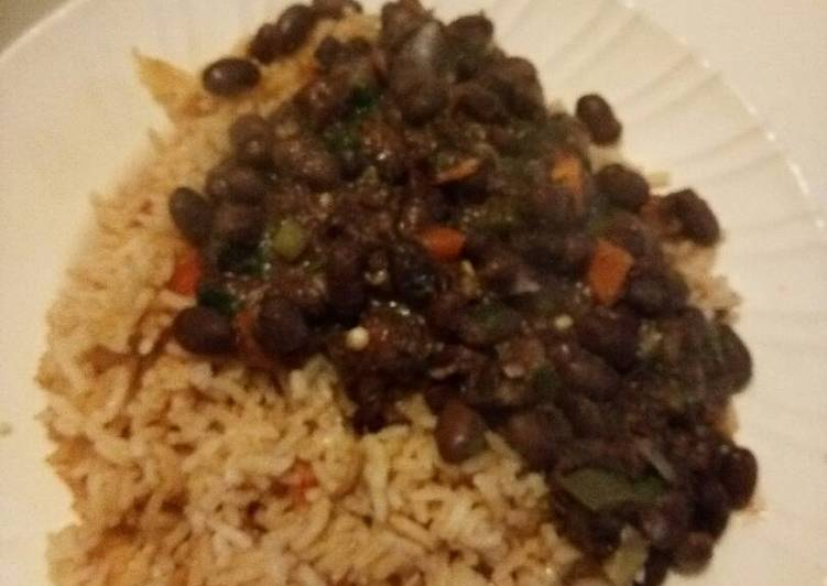 Fried Rice with black eyed peas