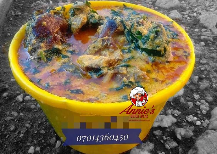 Learn How to make Egusi soup