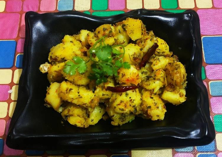 Step-by-Step Guide to Prepare Speedy Kasuri methi with potato