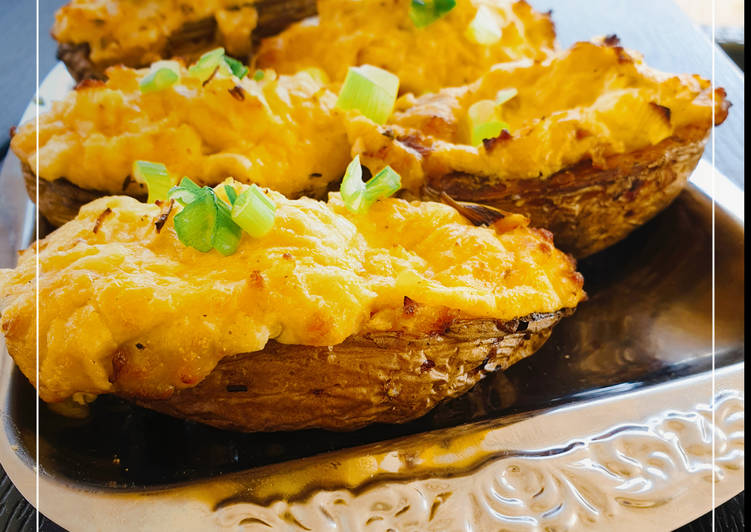 Kartoffelschiffchen mit Käsefüllung