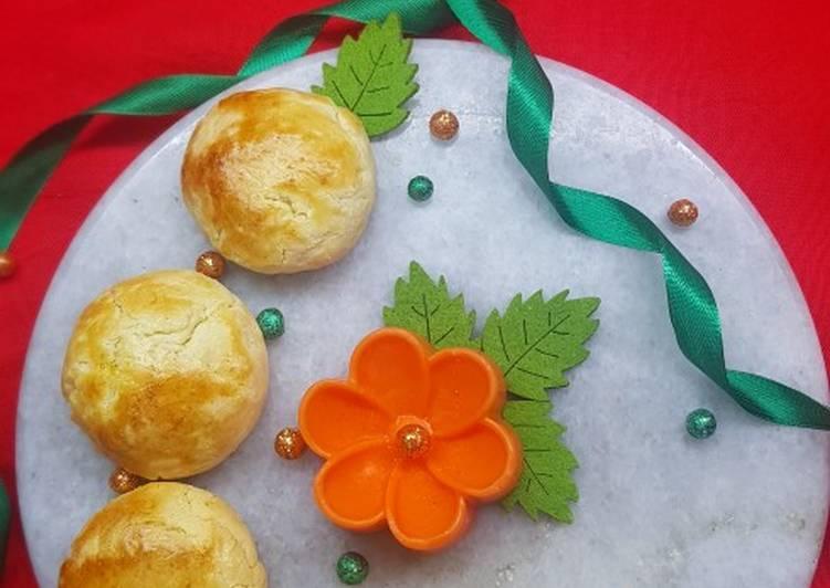 Naster (Pineapple Jam filled cookies)